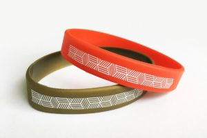 силиконовые браслеты с логотипом в минске